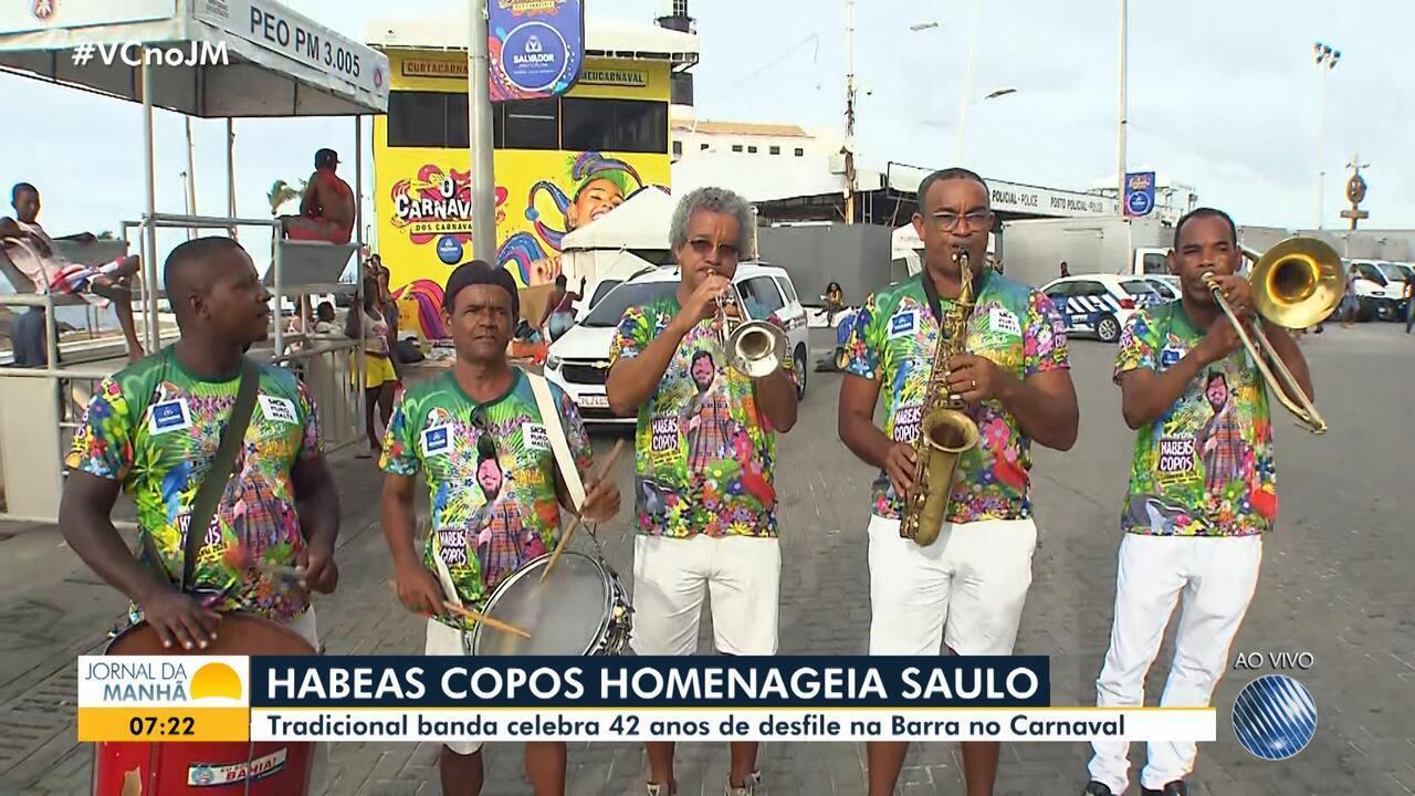 Tradicional desfile do Habeas Copos abre o pré-carnaval de Salvador nesta sexta