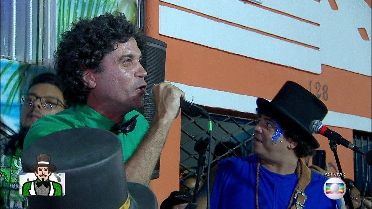 Cordel do Fogo Encantado canta música em homenagem ao Homem da Meia-Noite