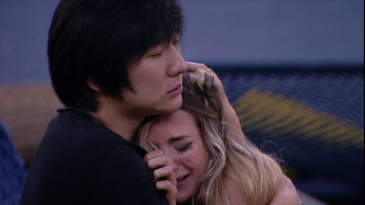 Pyong para Gabi: 'Chora tudo. O que não pode é guardar para dentro essa emoção negativa'