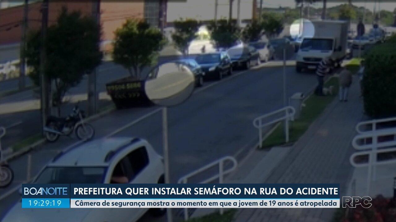 Prefeitura quer instalar semáforo para pedestres no local do acidente no Ecoville
