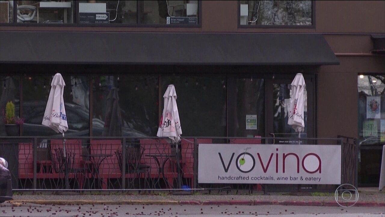 Prefeitos de Nova York e Los Angeles anunciam fechamento de bares e restaurantes