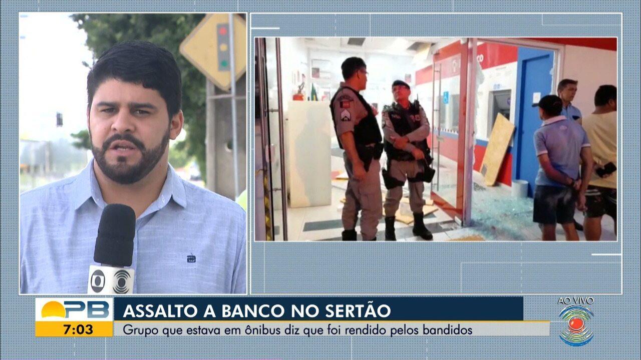 Duas agências bancárias são explodidas e suspeitos fazem reféns em ônibus, em Piancó