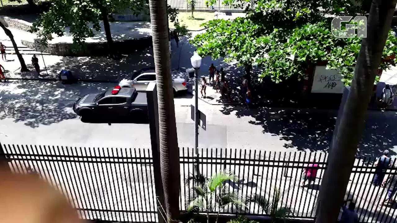 Grupo tenta roubar turista no Centro do Rio