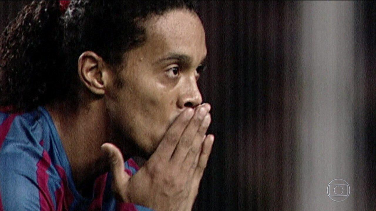 R40: O rei da Catalunha! Como Ronaldinho Gaúcho foi preparado para chegar ao topo do mundo do futebol