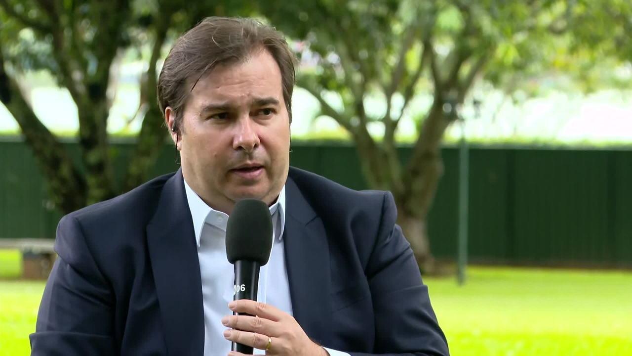 GloboNews: Rodrigo Maia diz que partidos articulam proposta de redução de salário de servidores e parlamentares