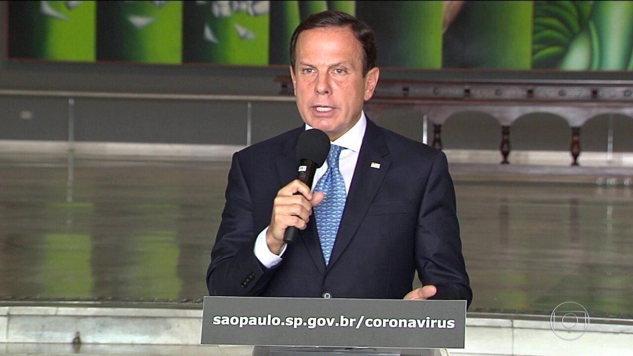 Doria e Bolsonaro discutem em reunião de governadores