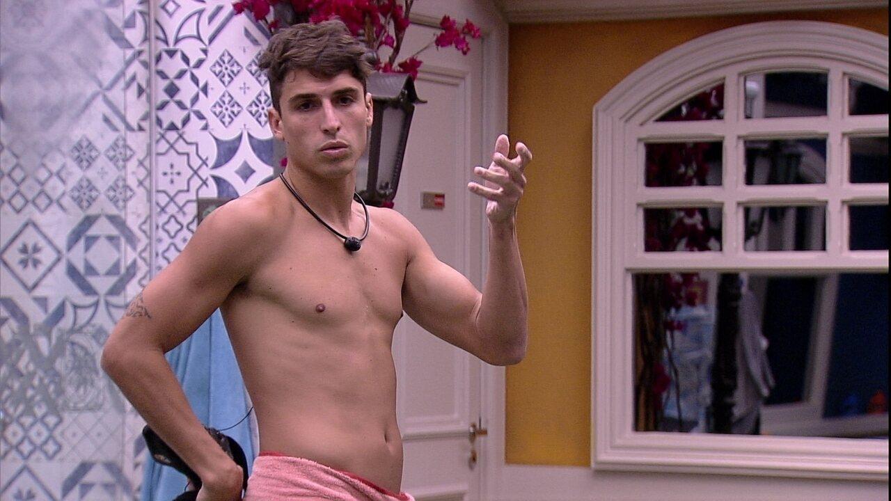 Felipe diz que discorda de Babu: 'Está querendo jogar em grupo'