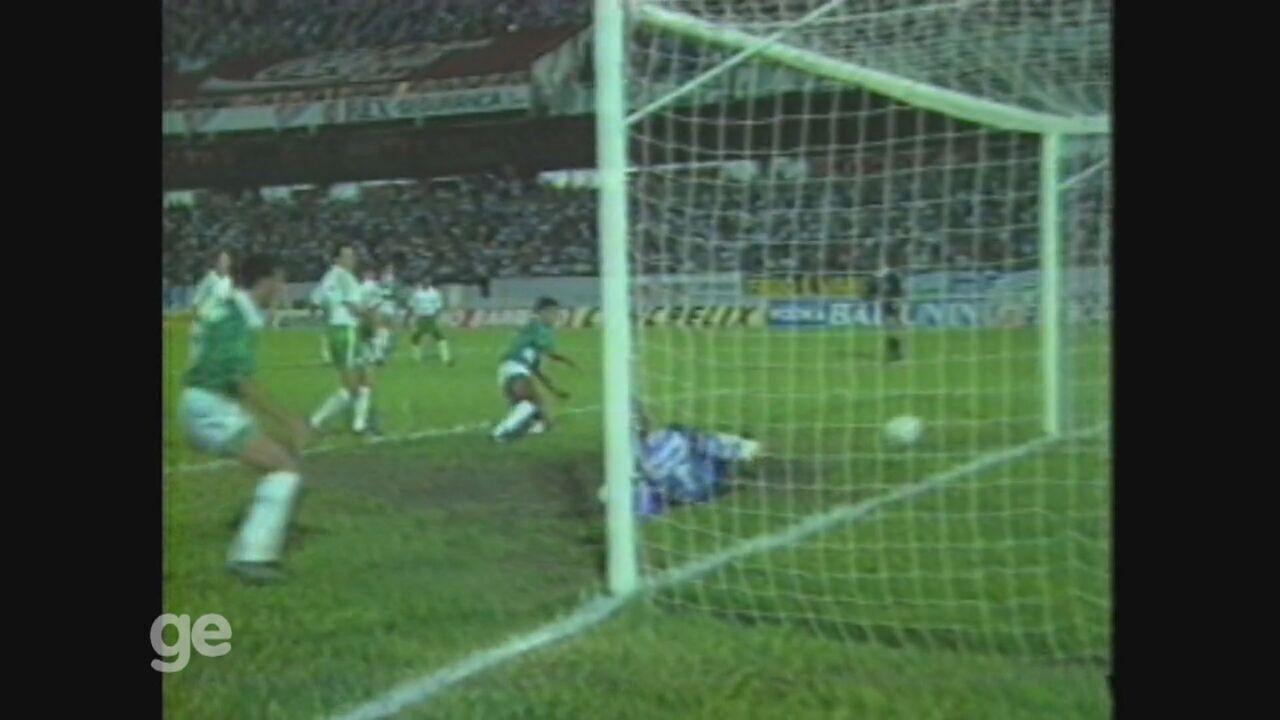 Guarani faz 5 a 2 no Palmeiras pelo Brasileirão de 1992