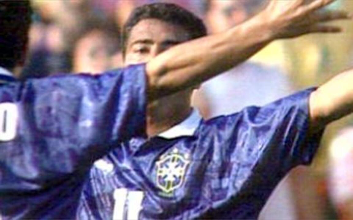 Vannucci mostra semifinal da Copa de 1994 entre Brasil e Suécia