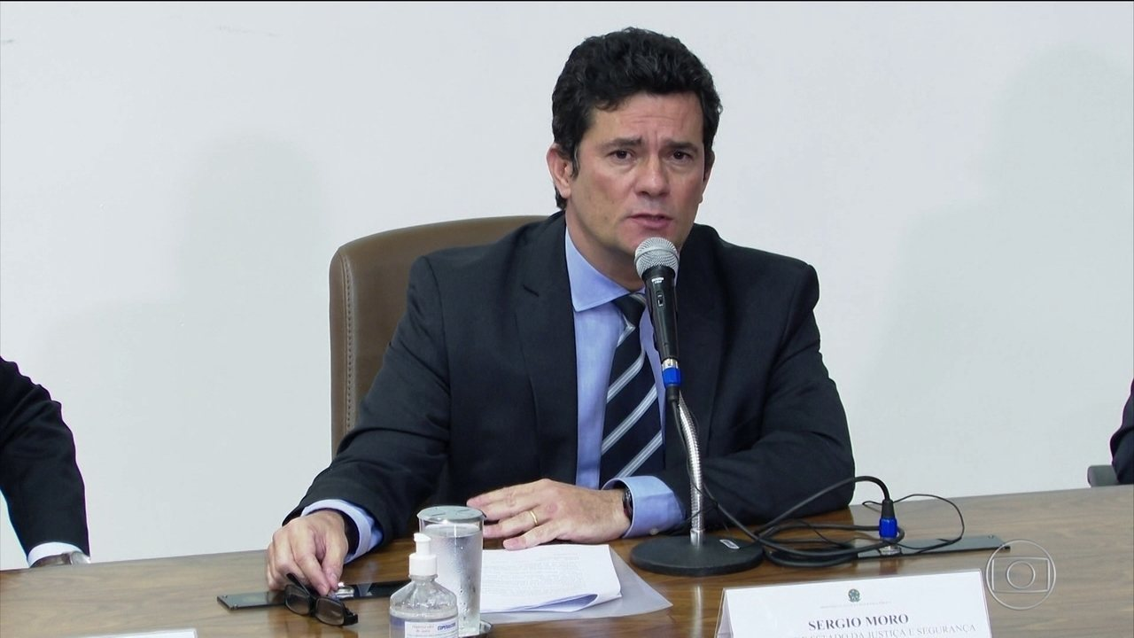 Ex-ministro Sergio Moro deve depor neste sábado (2) à PF e à PGR