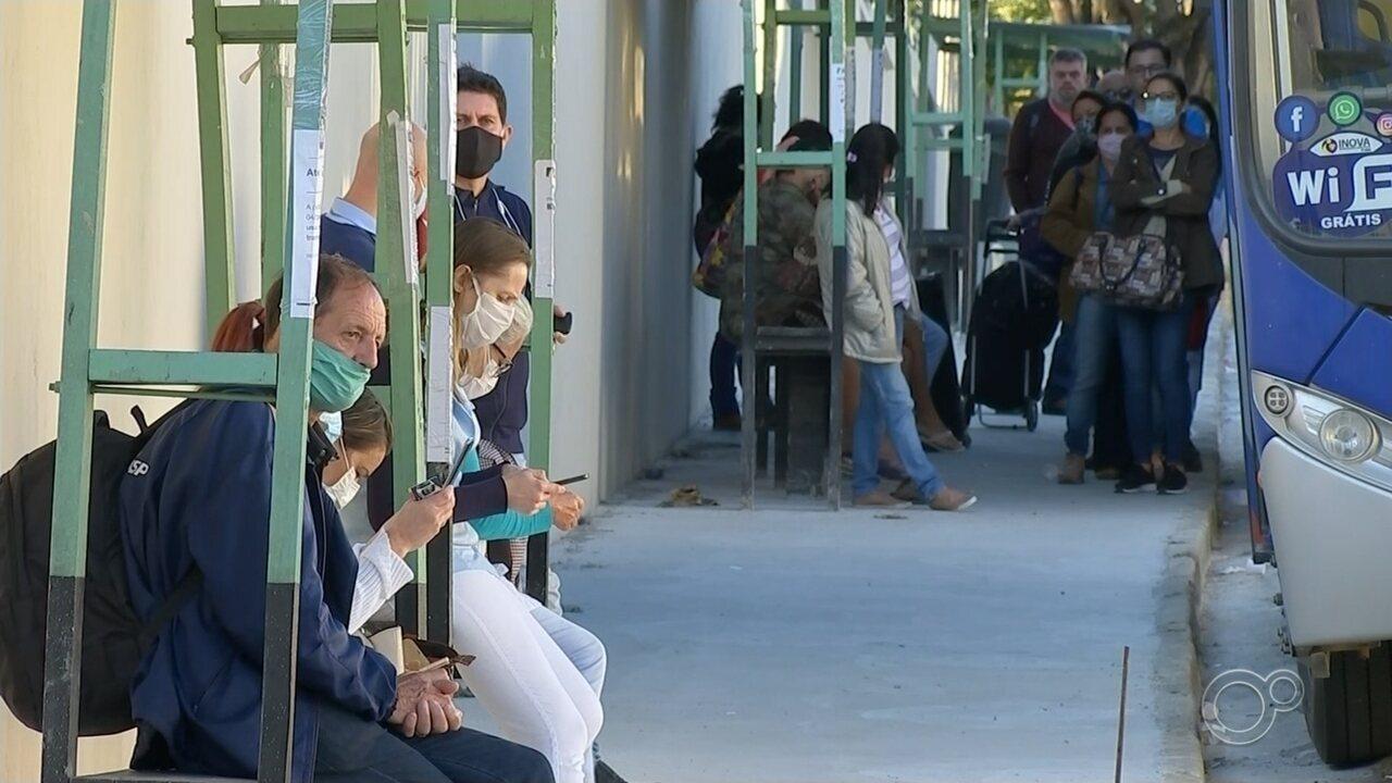 Passageiros de transporte público devem usar máscara