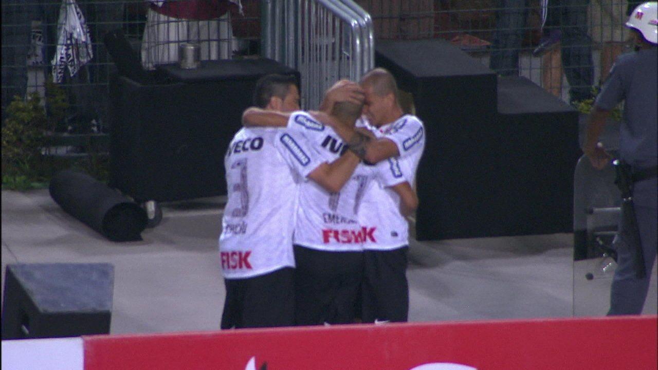 Os gols de Corinthians 2 x 0 Boca Juniors na final da Taça Libertadores 2012
