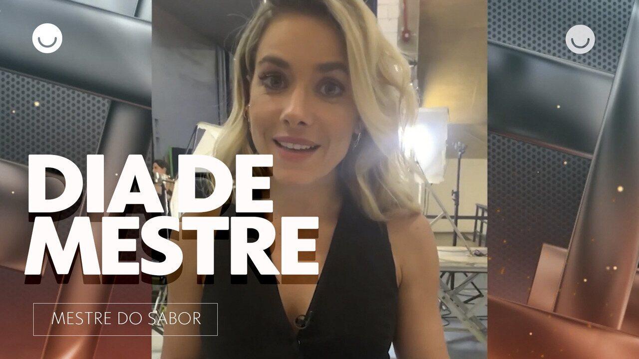 Monique Alfradique brinca de Mestre e dá furos