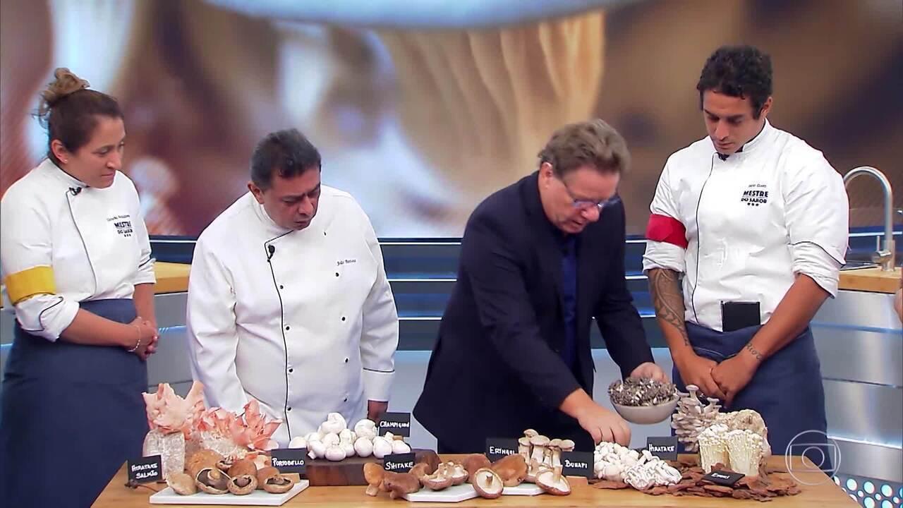 Claude explica prova dos cogumelos