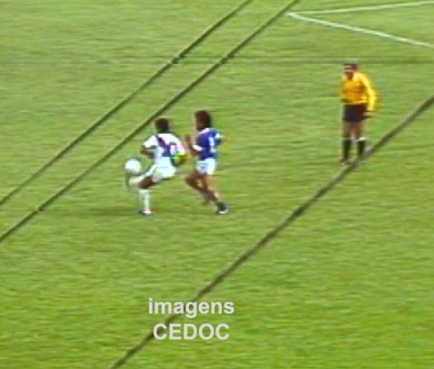Gol de Dicá - Ponte Preta x Taguatinga, 1982