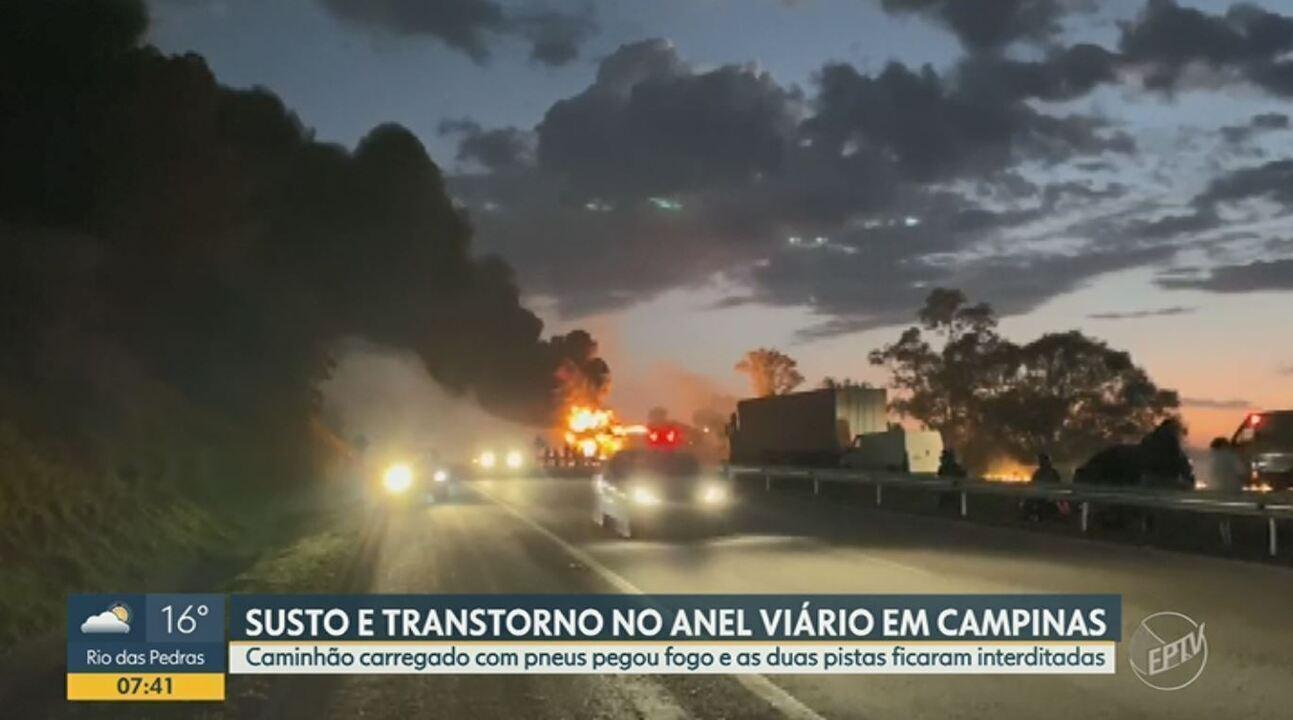 Caminhão pega fogo e bloqueia pistas nos dois sentidos do Anel Viário em Campinas