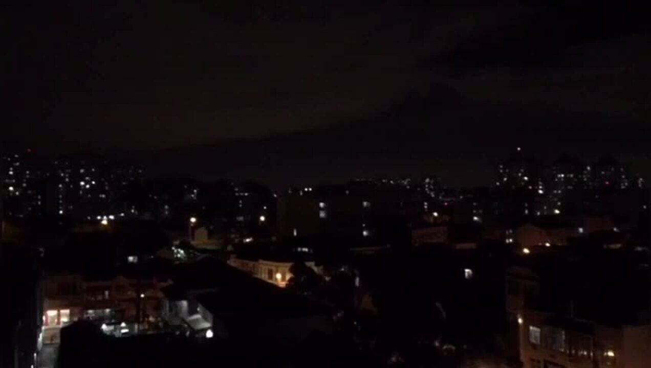 Disputa entre traficantes provoca intenso tiroteio na região do Catumbi
