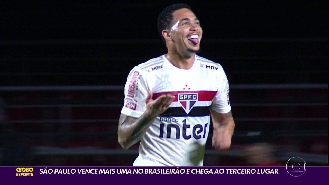 São Paulo vence Atlético com mais um gol de Luciano