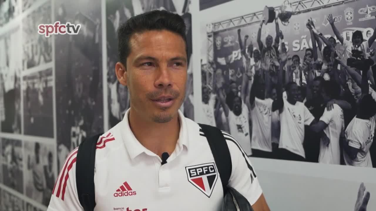 Bastidores do São Paulo mostra Diego Costa em preleção