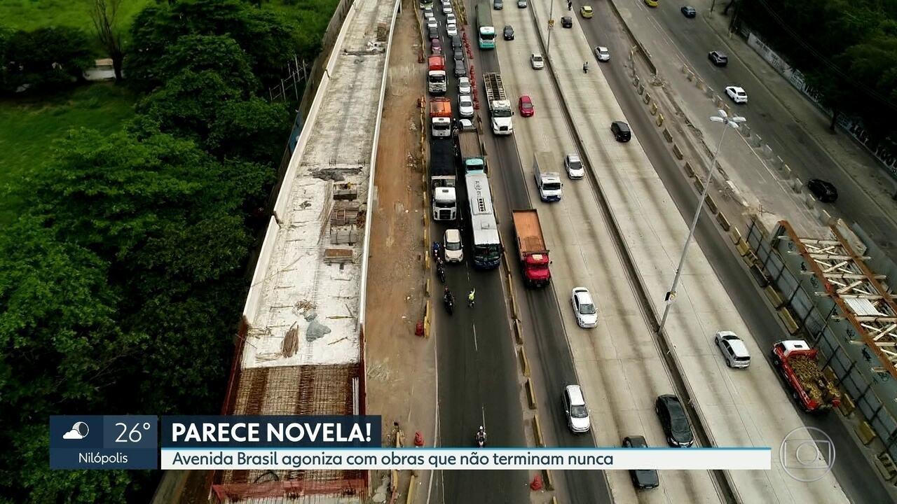 Avenida Brasil agoniza com obras que não terminam nunca