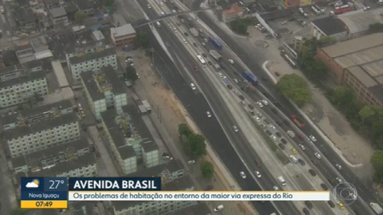 Habitação está entre os problemas no entorno da Avenida Brasil