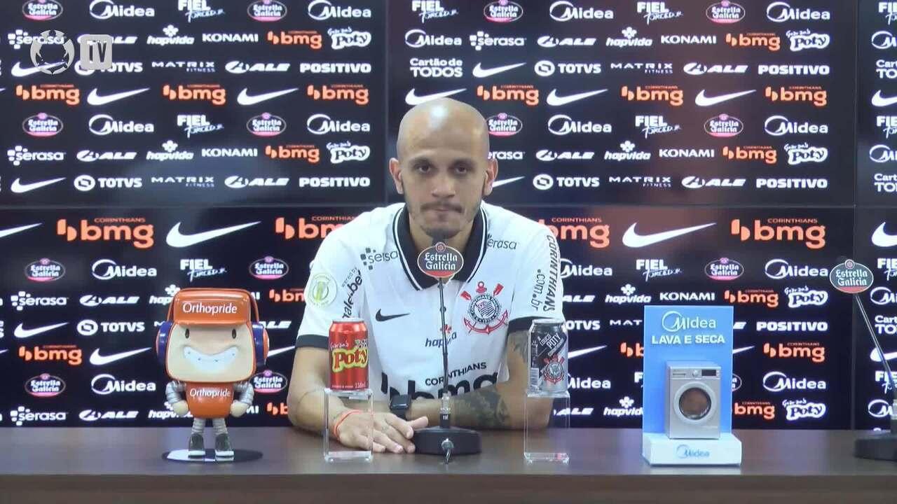 Confira a coletiva de Fábio Santos no retorno ao Corinthians