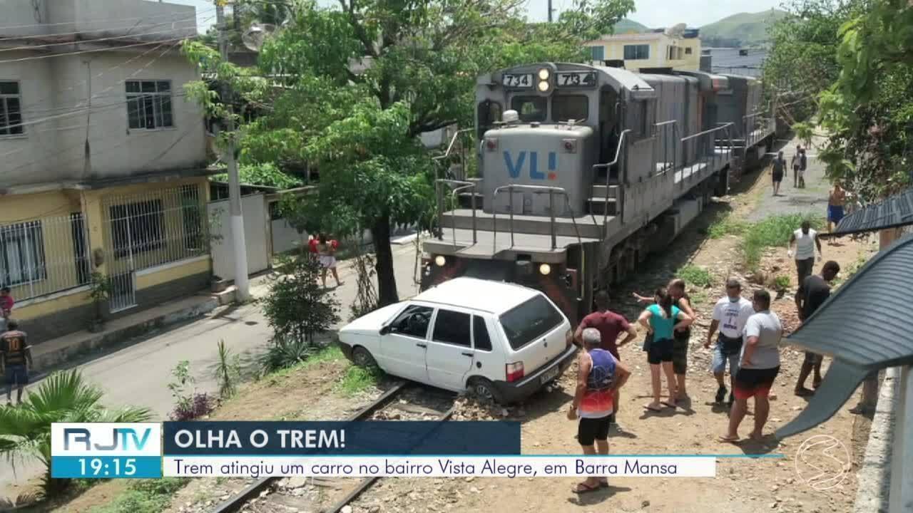 Carro desliga em cima da linha férrea e é atingido por trem em Barra Mansa  - G1 Sul do Rio e Costa Verde - Vídeos - Catálogo de Vídeos