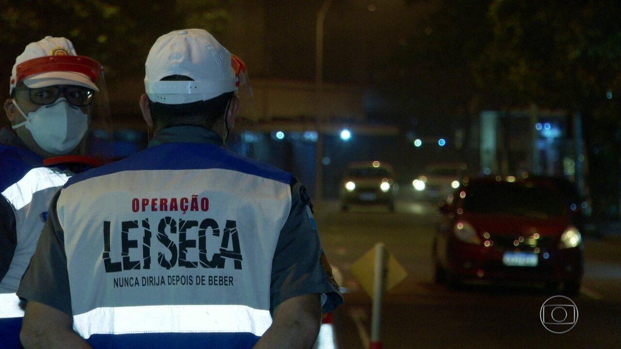 Depois de sete meses suspensa por causa da pandemia, Lei Seca volta às ruas do Rio