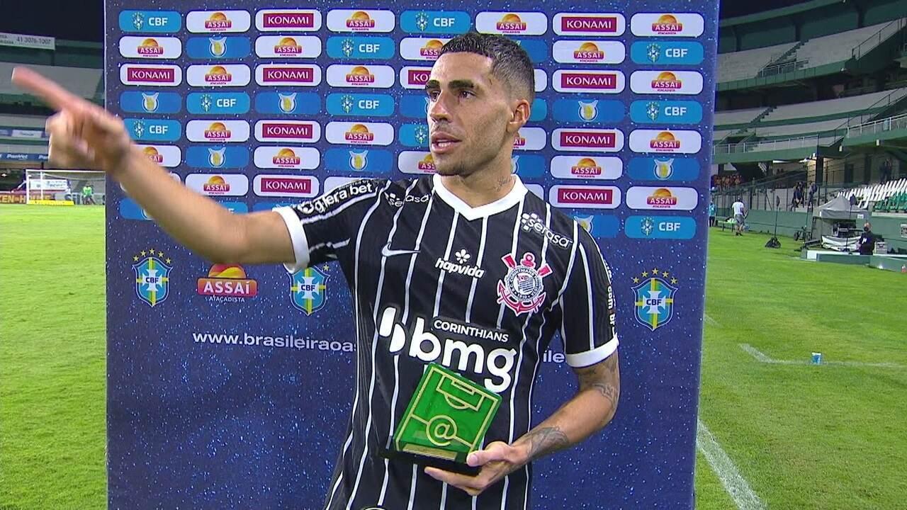 """Eleito craque do jogo, Gabriel enaltece vitória do Corinthians e """"manda salve"""" para Cazares"""