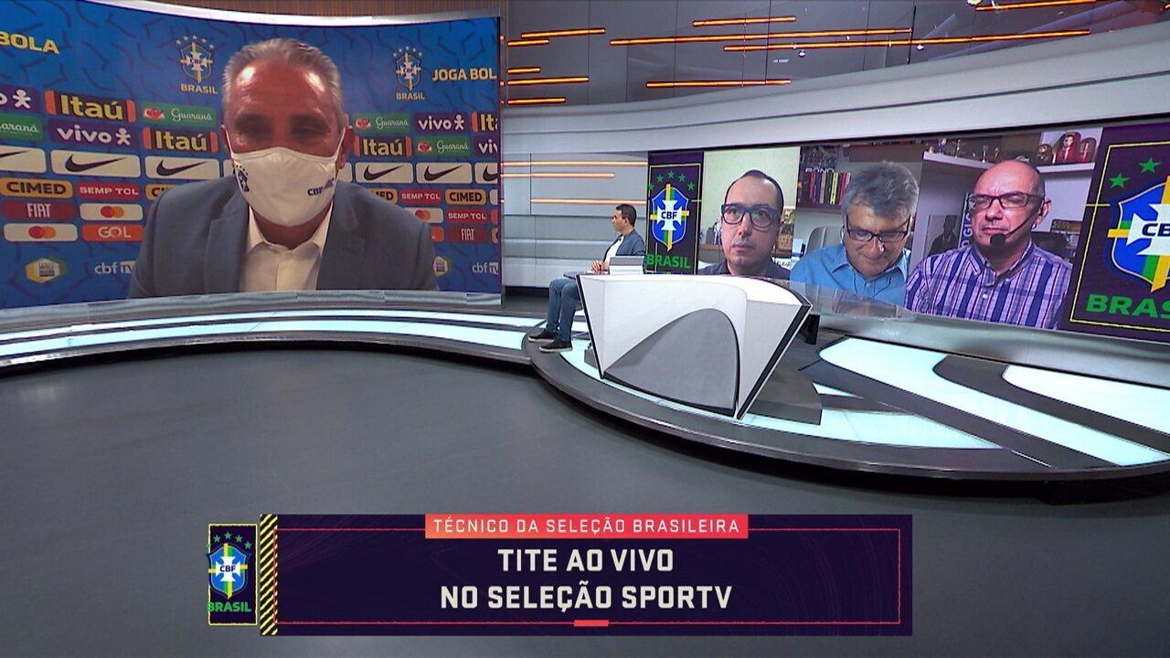 """Tite explica as recentes não convocações de Daniel Alves: """"Não há preconceito a idade"""""""