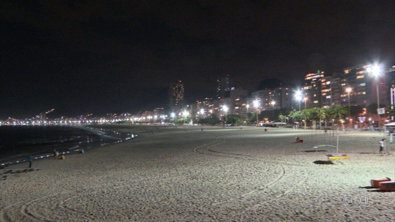 Réveillon pelo Brasil: grandes festas deram lugar a comemorações menores
