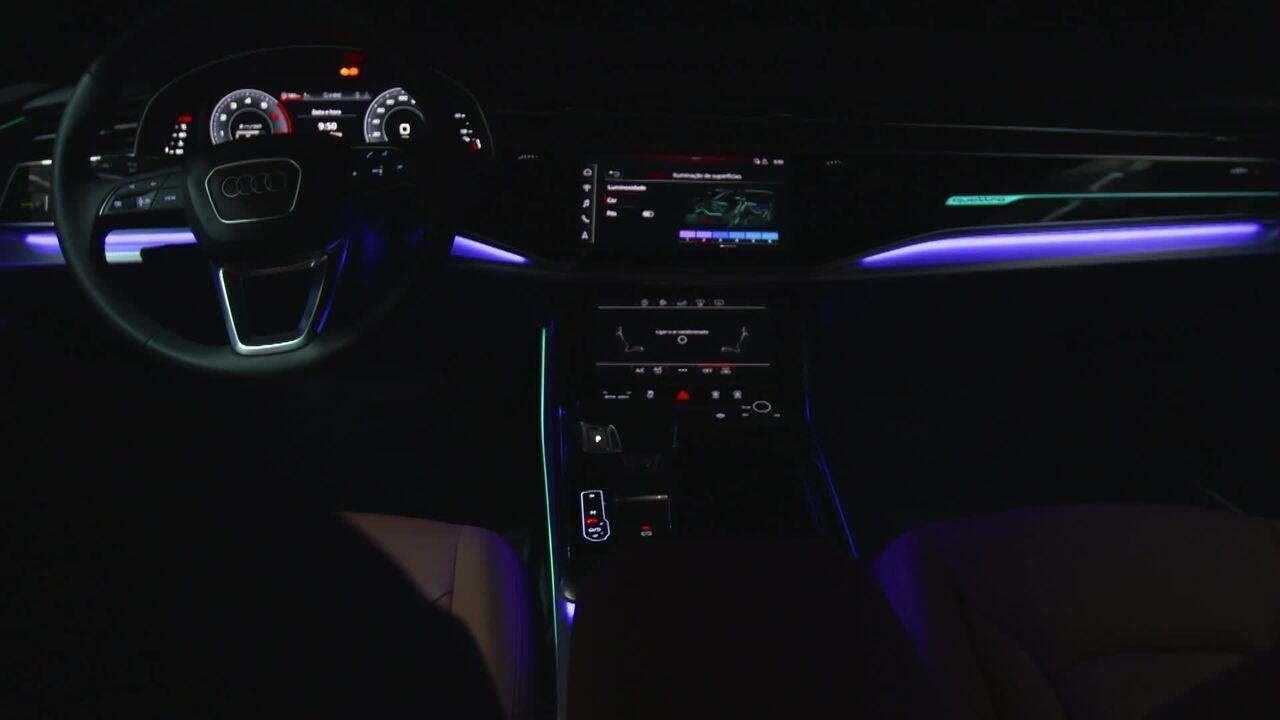 Luzes de LED dentro do seu carro: o que as fabricantes estão fazendo de novo?