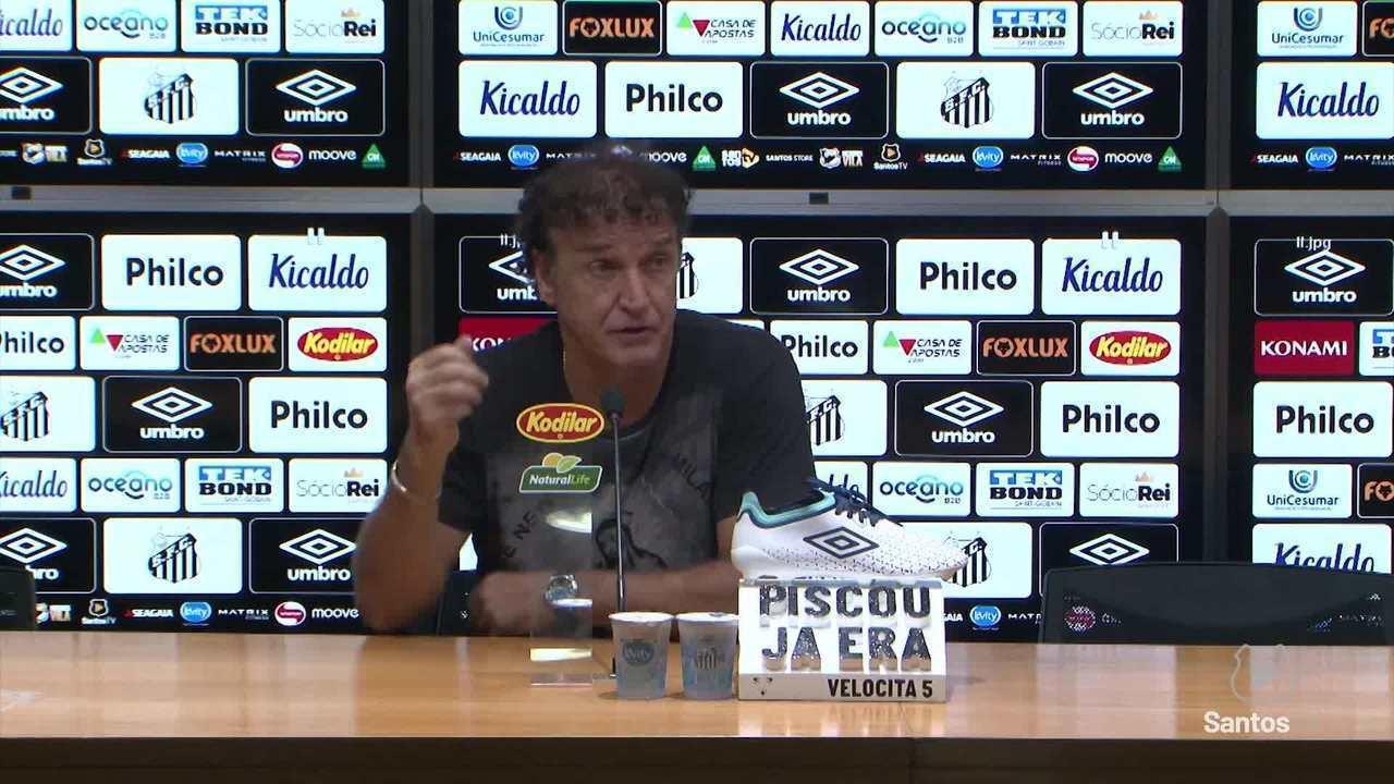 Confira a coletiva de Cuca após derrota do Santos para o Goiás
