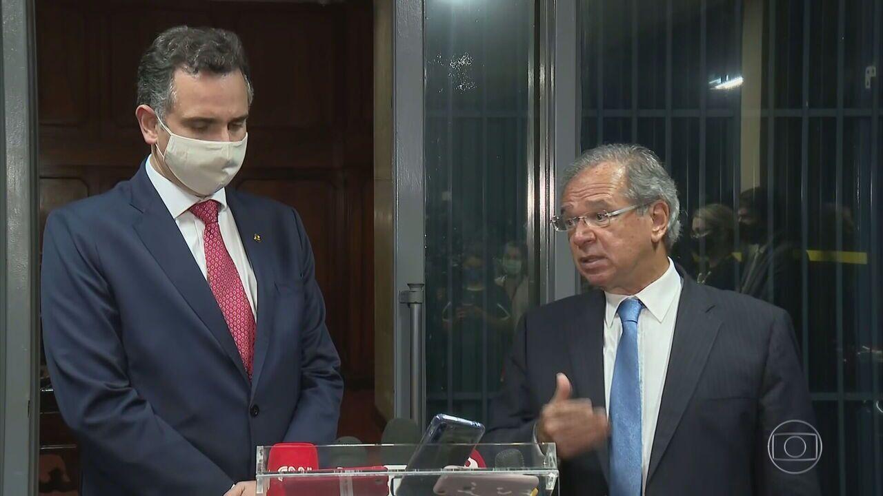 Rodrigo Pacheco e Arthur Lira se encontram com Guedes e debatem possível volta do auxílio
