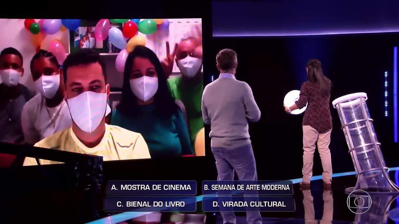 Tia Selminha e Juliana seguem na busca pelo prêmio do 'The Wall' para projeto social