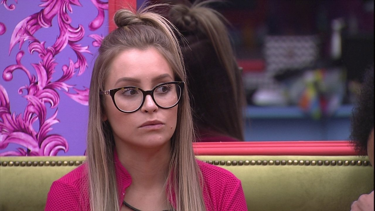 Carla Diaz relembra desavença com Lumena no BBB21
