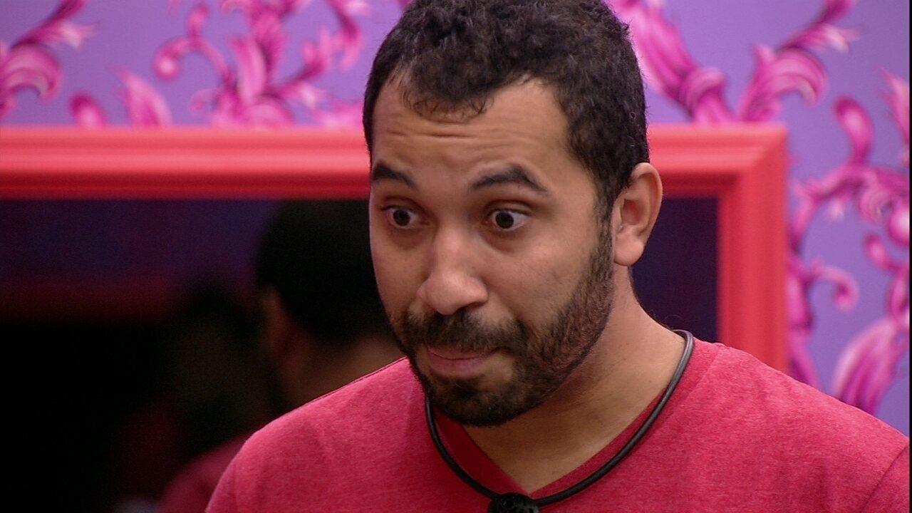Gilberto vai até Arthur esclarecer situação: 'Por que mentir na minha frente?'