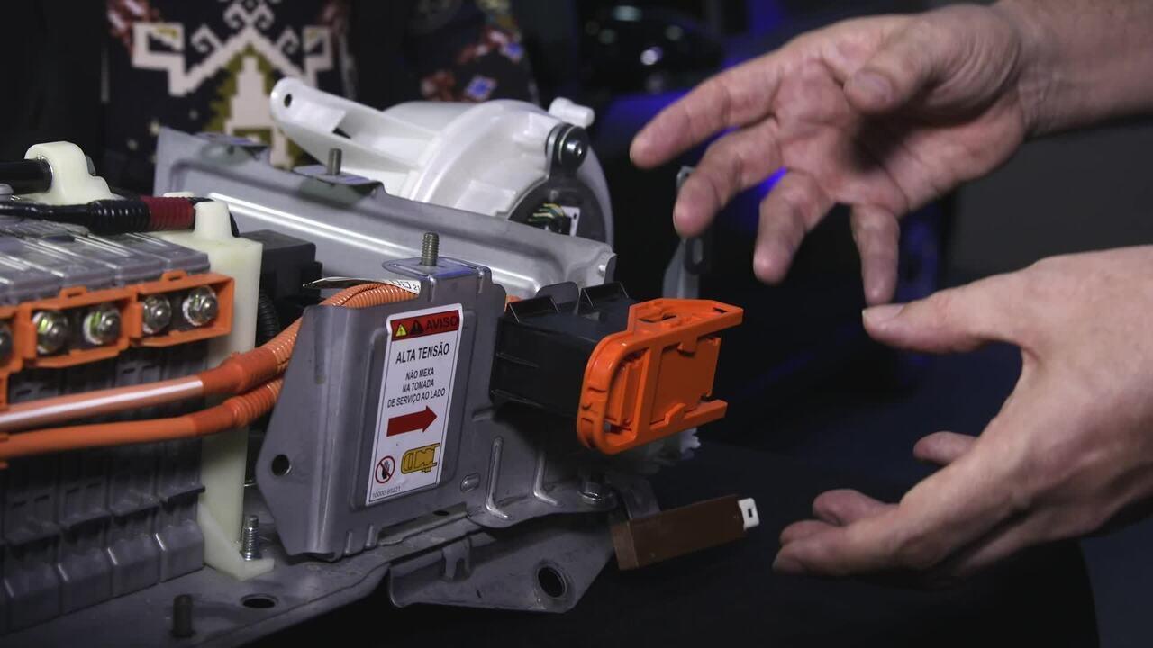 Como as oficinas realizam manutenções em carros híbridos e elétricos?