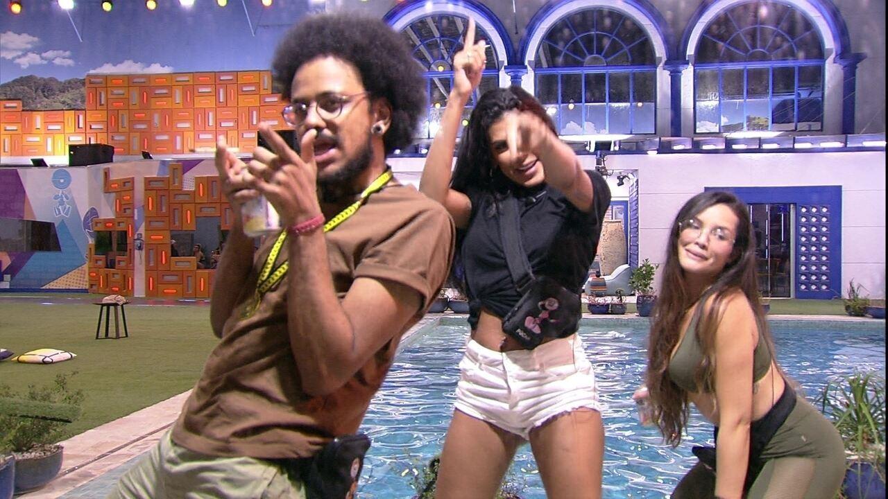 Pocah dança funk com Juliette no BBB21 e elogia a sister: 'Está escondendo o jogo'