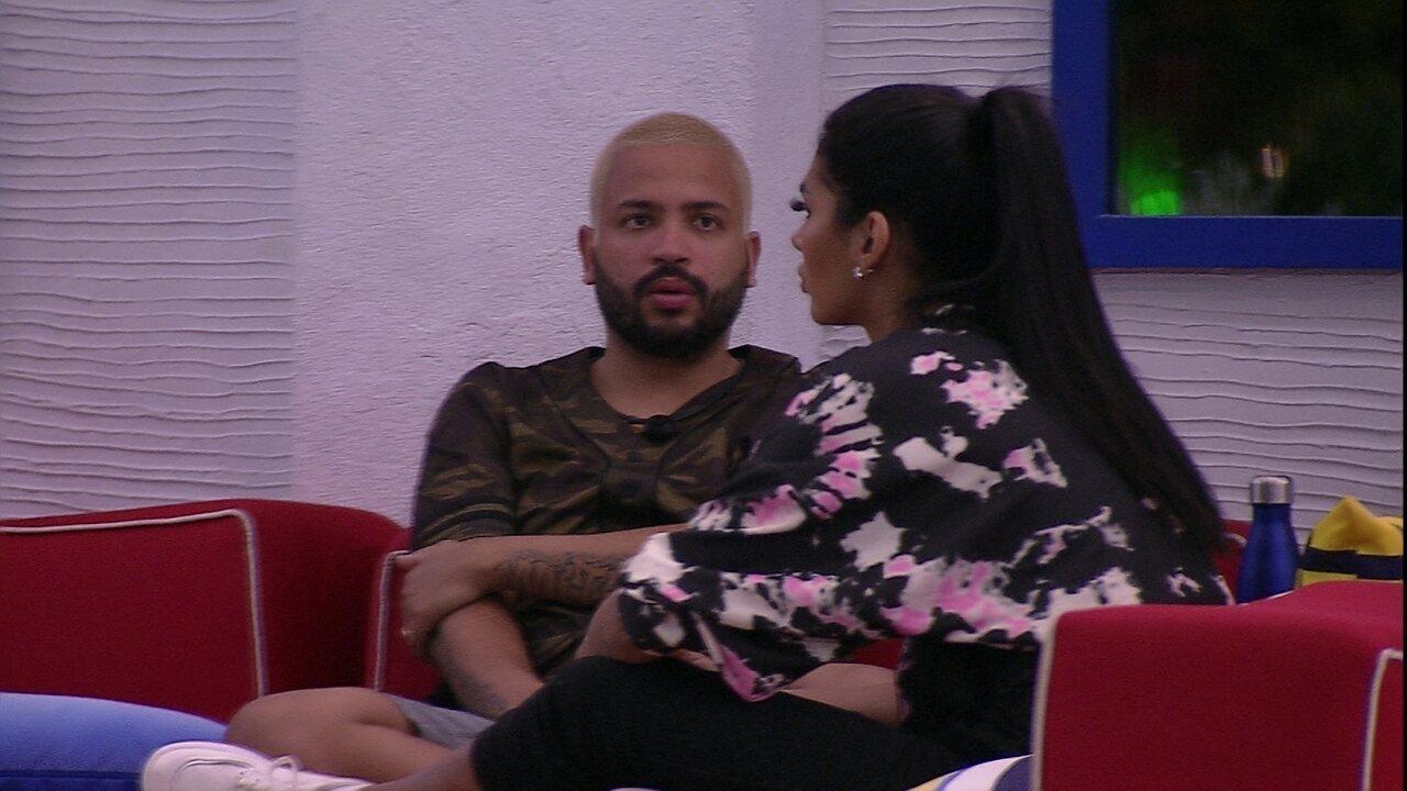 Projota dispara sobre João Luiz: 'Ele se esconde atrás desse bonzinho'