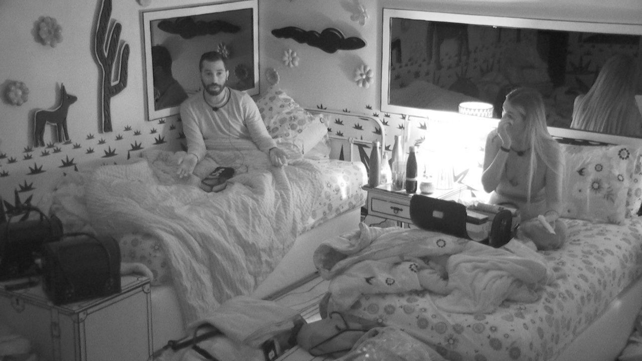 Gilberto desabafa sobre Juliette: 'Ela não tem que dizer que prioriza Viih Tube a mim'