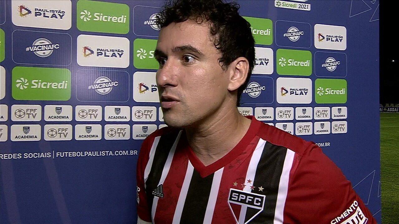"""Pablo elogia Rojas, dedica o gol à família e ressalta entendimento do jogo de Crespo: """"Time está de parabéns"""""""