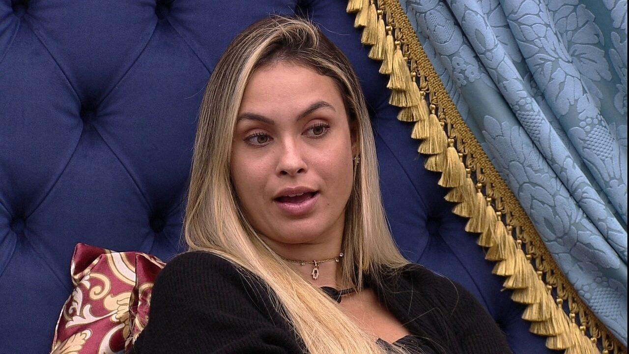 Sarah diz que há um novo grupo na casa do BBB21: 'Arthur, Pocah, Carla Diaz e Projota'