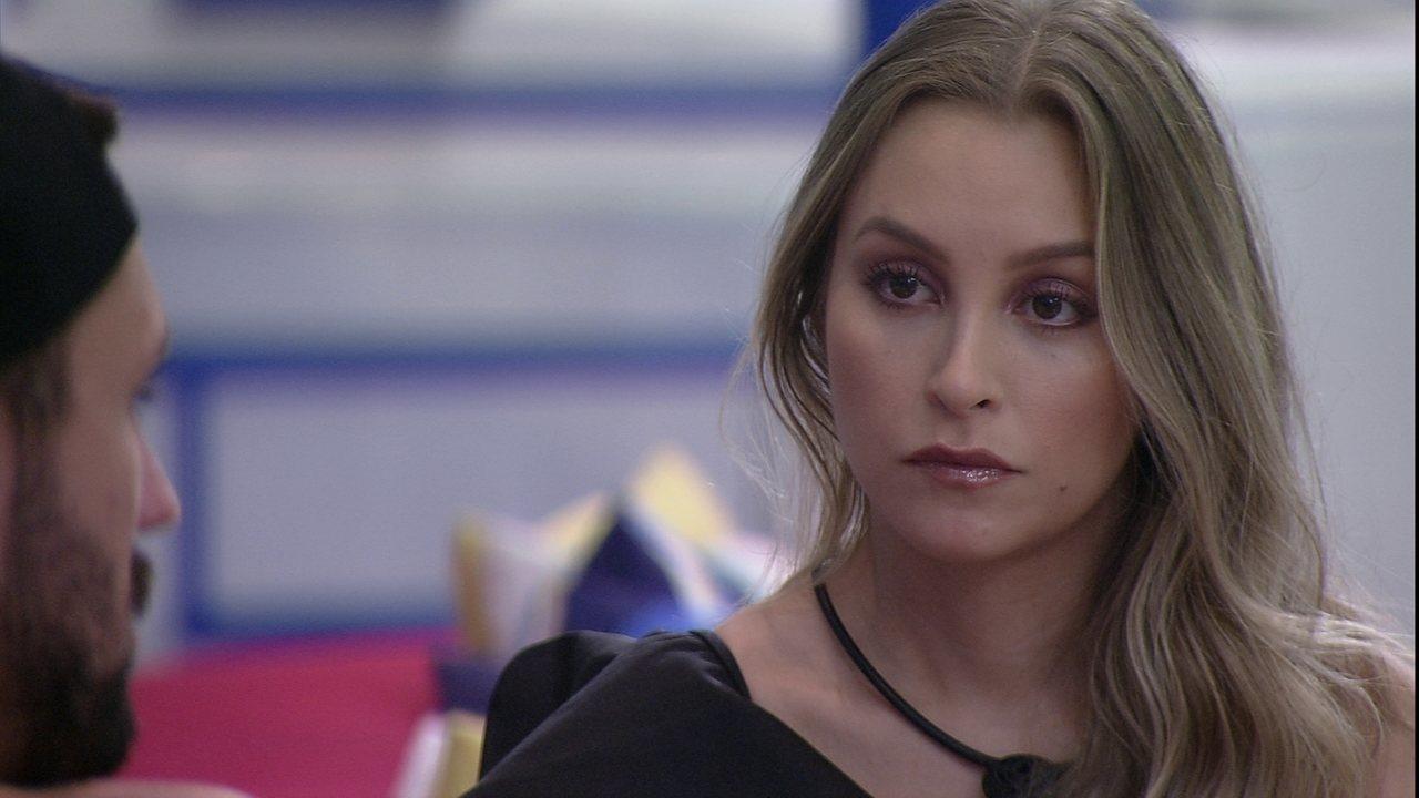 Carla Diaz questiona fala de Arthur sobre Paredão no BBB21