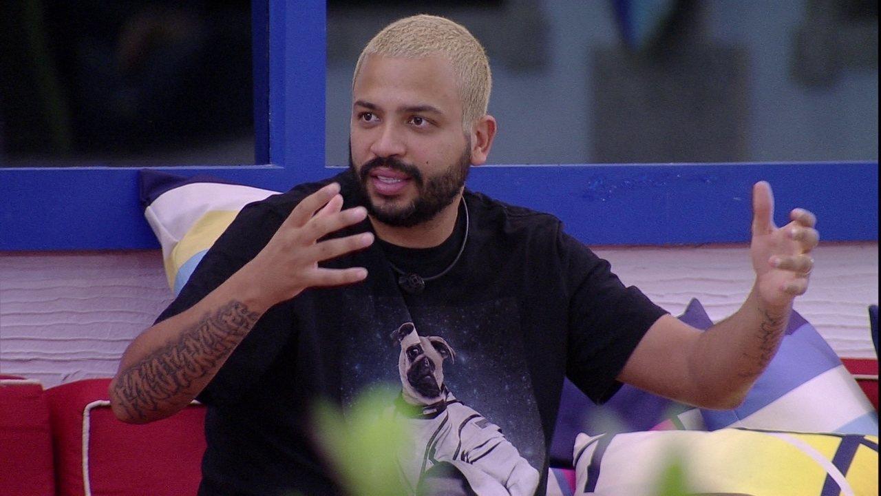 No BBB21, Projota diz para João Luiz: 'Tenho sido o grande elo entre Arthur e Carla'