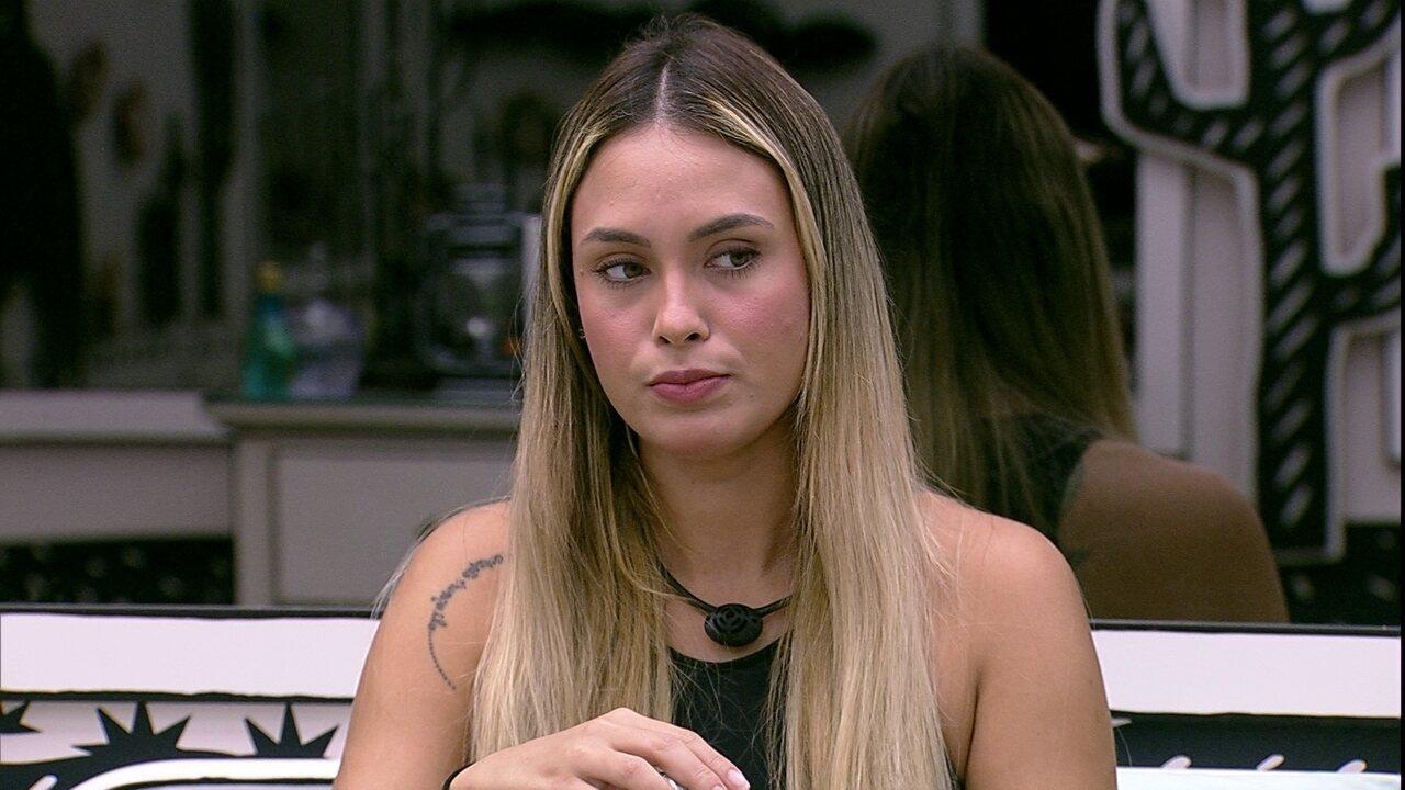 Sarah analisa jogo do BBB21 depois do retorno da Carla Diaz