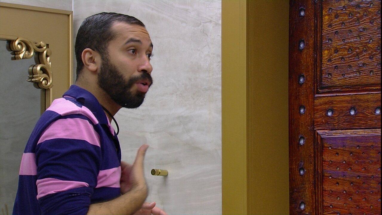 Gilberto revela a Fiuk que Viih Tube e Thaís viraram suas opções de voto no BBB21