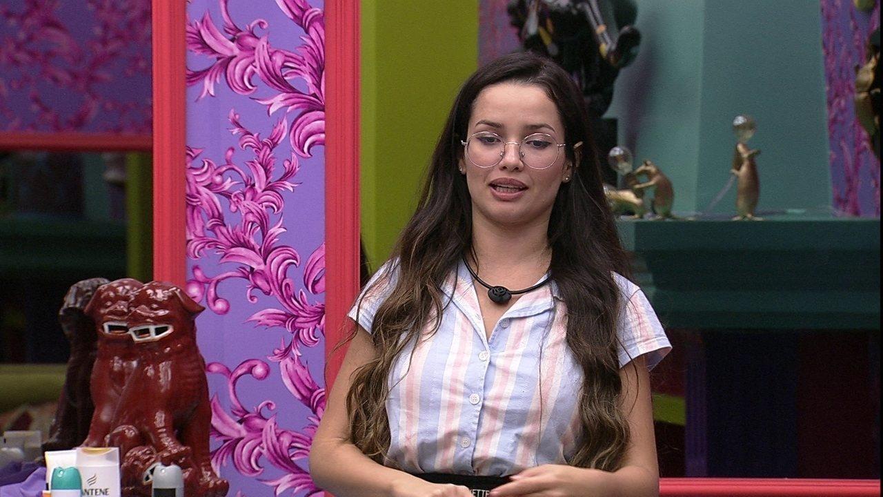 Juliette comenta sobre Paredão: 'Se Pocah e Projota voltarem eu vou levar dois votos'