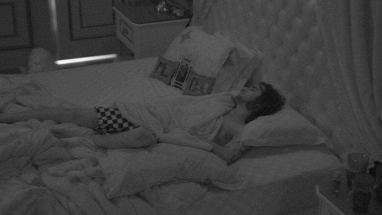 Após Festa do Líder Fiuk, brothers dormem no BBB21