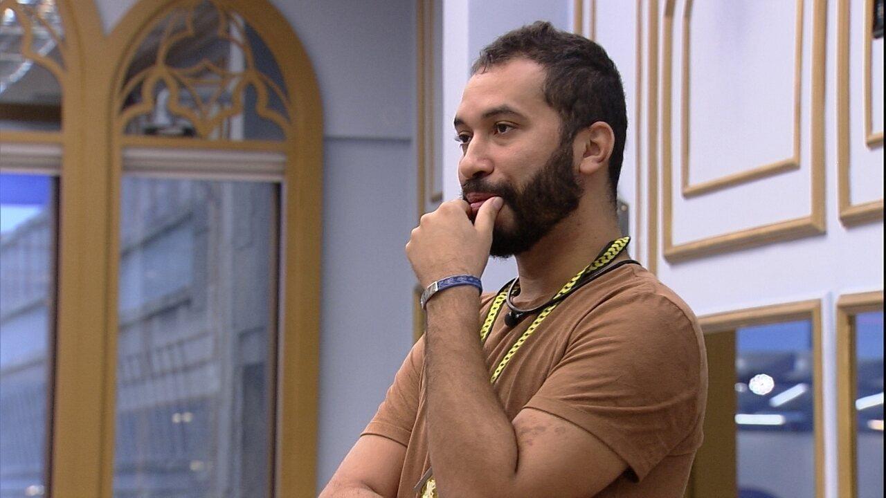 Gilberto ensaia indicação ao Paredão: 'Criamos relação firme, mas ele já me quis fora'